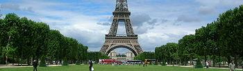 Torre Eiffel (París). Foto de Archivo.