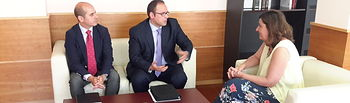 Patricia Franco se reúne con el director de Relaciones Institucionales de Mercadona en Castilla-La Mancha, José Ruiz. Foto: JCCM.