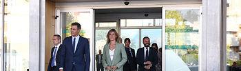 El presidente del Gobierno en funciones, Pedro Sánchez, y su esposa, Begoña Gómez, a la salida del hospital tras visitar al rey emérito, Juan Carlos I. Foto: fervero-67
