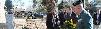 El delegado del Gobierno en Castilla-La Mancha, Jesús Labrador, ha participado en el homenaje al guardia civil talaverano asesinado por ETA en el año 2000, José Ángel de Jesús Encinas.