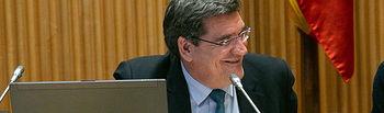 El ministro de Seguridad Social, Inclusión y Migraciones, José Luis Escrivá, en su Comisión.