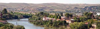 El río Tajo a su paso por el Campus Tecnológico de la Fábrica de Armas de Toledo.