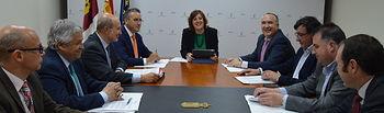 La consejera de Economía, Empresas y Empleo, Patricia Franco, se ha reunido esta mañana con representantes de la Federación de Empresarios  de Transporte de Castilla-La Mancha.