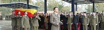 Pedro Morenés en el funeral del militar muerto en el Líbano. Foto: Ministerio.
