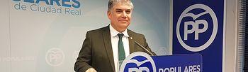 El senador Carlos Cotillas.