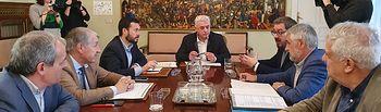 Reunión entre José Luis Escudero y José Luis Vega.