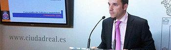 El concejal de Seguridad, Guillermo Arroyo, en rueda de prensa
