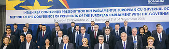 Conference of Presidents in Bucharest - .Antonio TAJANI takes part in a group photo with the Romanian government