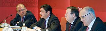 Echániz en la presentación de la revista Por tu Salud I. Foto: JCCM.
