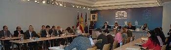 Un momento del Pleno ordinario celebrado hoy en la Sala de Prensa del Palacio Provincial.