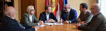 Reunión de la Academia de Gastronomía con el alcalde de Albacete, Vicente Casañ.