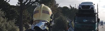 La colisión de un camión y un turismo deja dos fallecidos en San Clemente (Cuenca).