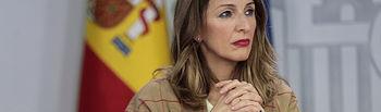 La ministra de Trabajo y Economía Social, Yolanda Díaz; comparece por primera vez ante los medios de comunicación, en la rueda de prensa posterior al Consejo de Ministros. Foto: Pool Moncloa www.lamoncloa.gob.es