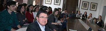 Estudiantes de Arquitectura en la UCLM durante su reunión con el concejal de Urbanismo de Toledo. Foto: Ayto. Toledo