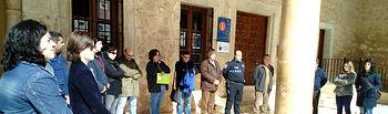 Minuto de silencio en el Ayuntamiento de El Bonillo contra la violencia machista.