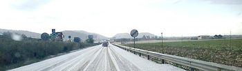 Carretera. Nieve. Foto de Archivo.
