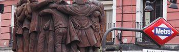 Monumento en la calle Atocha en Madrid a los abogados laborlistas asesinados el 24 de enero de 1977.