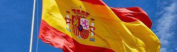 El izado a la bandera de España en la plaza de Colón de Madrid da inicio al Día de las Fuerzas Armadas. Imagen de archivo.