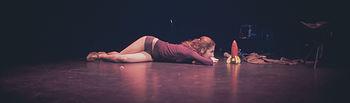 'Danza a Escena' desembarca en cuatro escenarios de Albacete con las propuestas de la compañía Entremans y los coreógrafos Guy Nader y Paula Quintana.