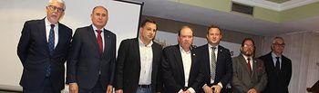 El alcalde asiste a la entrega de los premios del Club de Abonados de la Plaza de Toros de Albacete.