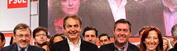 Zapatero junto a los candidatos y candidatas