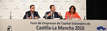 Emiliano García-Page asiste al acto de apertura del Foro de Empresas de Capital Extranjero. Foto: JCCM.