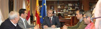 El delegado del Gobierno en Castilla-La Mancha se reúne con la Federación de Caza.