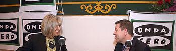 El presidente de Castilla-La Mancha, Emiliano García-Page, durante la entrevista realizada por Julia Otero en el programa 'Julia en la Onda', que se ha emitido hoy en directo desde el edificio de San Pedro Mártir, en Toledo. (Foto: Álvaro Ruiz // JCCM)