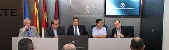 Acto de presentación del XI Congreso Internacional de Etnofarmacología y el I Encuentro Hispano-Portugués de Etnobiología que tendrán lugar en el campus de Albacete del 20 al 25 de septiembre.