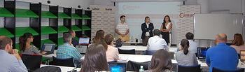 Liberbank y la Cámara acercan las claves de la publicidad en internet a una treintena de empresarios y autónomos