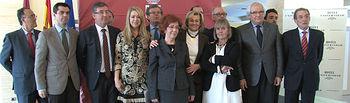 Foto de grupo de los premiados en los premios Reconocidos 2012