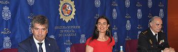 El director de la Policía, en el acto de toma de posesión del nuevo jefe superior de Policía en Canarias