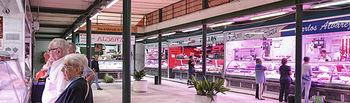 Apertura de la planta baja del mercado de abastos, anteriormente cerrada por obras