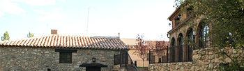 Durante los seis primeros meses del año 2010 Castilla-La Mancha ocupa el tercer puesto en el ranking autonómico de cuota de mercado de viajeros alojados en establecimientos de turismo rural. En la imagen, hotel rural Los Anádes en Abánades (Guadalajara).