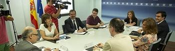 Reunión de la vicepresidenta del Gobierno y el ministro de Hacienda y Administraciones Públicas. Foto: Pool Moncloa / Acceso libre.