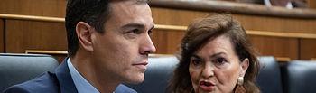 Pedro Sánchez y Carmen Calvo  en el Congreso de los Diputados     Foto Eva Ercolanese