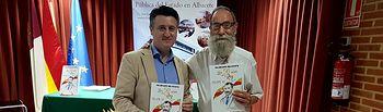 Pedro Soriano apoya a Valeriano Belmonte en la presentación de su nuevo cómico 'El Rey'