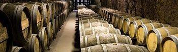 Barriles de vino. (Foto archivo)