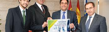 Echániz presenta el primer Diploma en Inspección. Foto: JCCM.