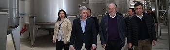 Leandro Esteban visita Bodega Finca el Palacio-1. Foto: JCCM.