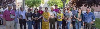 Pilar Zamora visita el Barrio de Los Ángeles.