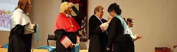 El rector ha presidido el acto de graduación.