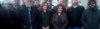Políticos, empresarios y sindicatos se suben al tren del 18N para reivindicar inversiones en la línea Extremadura-Madrid