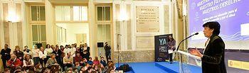 La ministra de Educación y Formación Profesional en funciones, Isabel Celaá, ha recibido esta mañana a un grupo de niños y niñas de Educación Primaria de diferentes comunidades autónomas que han presentado su Decálogo sobre una educación para el desarrollo sostenible y por el clima