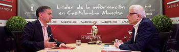 Manuel González Ramos, cabeza de lista al Congreso por el PSOE en Albacete, junto al director del Grupo Multimedia de Comunicación La Cerca, Manuel Lozano Serna