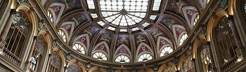 Interior del edificio de la Bolsa de Madrid. Foto: Europa Press 2020