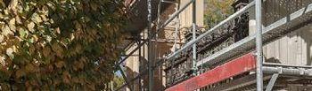 Visita a las obras de restauración de la verja de Adoratrices