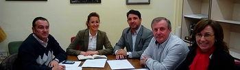Constituida en  el Ayuntamiento de Albacete la plataforma por la legalidad