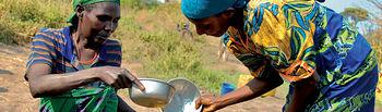En Etiopía, Intermón Oxfam mantiene un programa de provisión de agua potable entre la población más humilde.