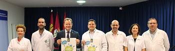 Vicente Casañ agradece su labor a los farmacéuticos en la celebración de su Día Mundial.